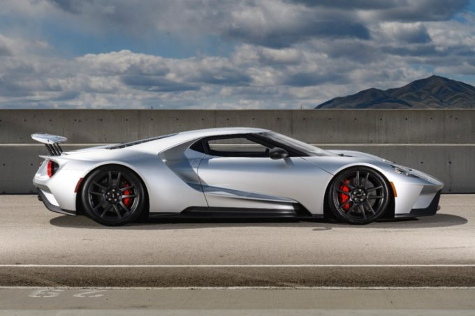 New Ford GT Side - Silver